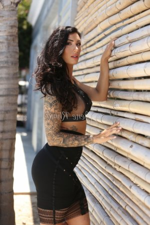 Giulia medical personals Hazel Dell WA